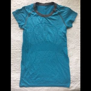 Lululemon Blue Short Sleeve Shirt